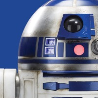 16-1_STAR_WARS_DELIVERY_1_R2D2